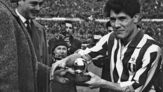 Omar Sivori, l'oriundo con il vizio del calcio – Pallone D'oro 1961