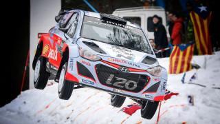 WRC 2015: un salto record da 44 metri al Rally di Svezia